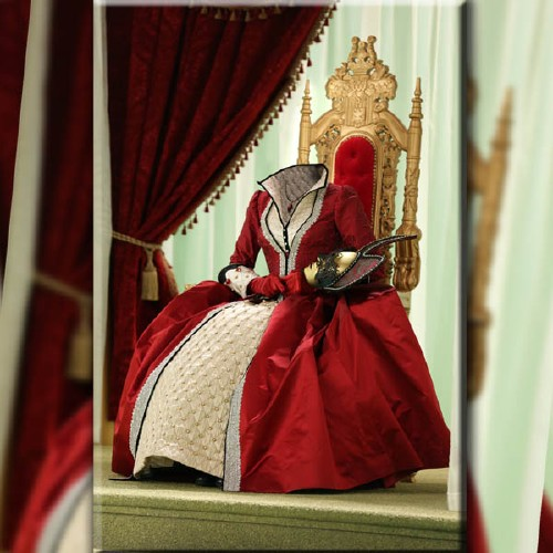Шаблон для девушек - Королева в наряде