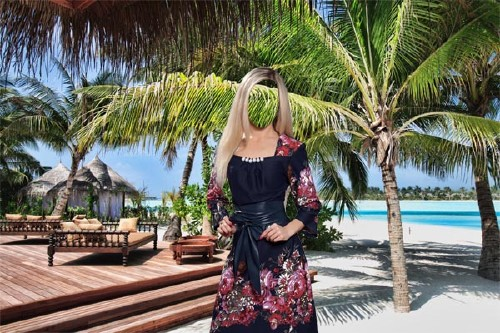 Женский фото шаблон - В красивом платье на курорте